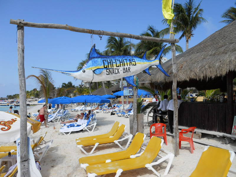 Restaurant In Isla Mujeres Chichis And Charlies